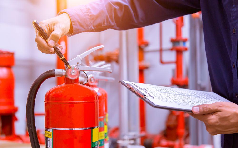 Пожарно-технический минимум для руководителей организаций и лиц, ответственных за пожарную безопасность в учреждениях и офисах